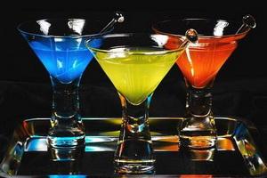 Лучшие алкогольные коктейли.