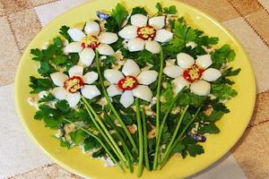 Лучшие украшения салатов.