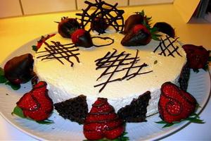 Красивое украшение тортов.