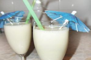 Коктейль молочный с мороженым.