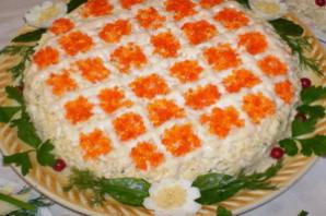 Салат из мяса краба «Спящая красавица».